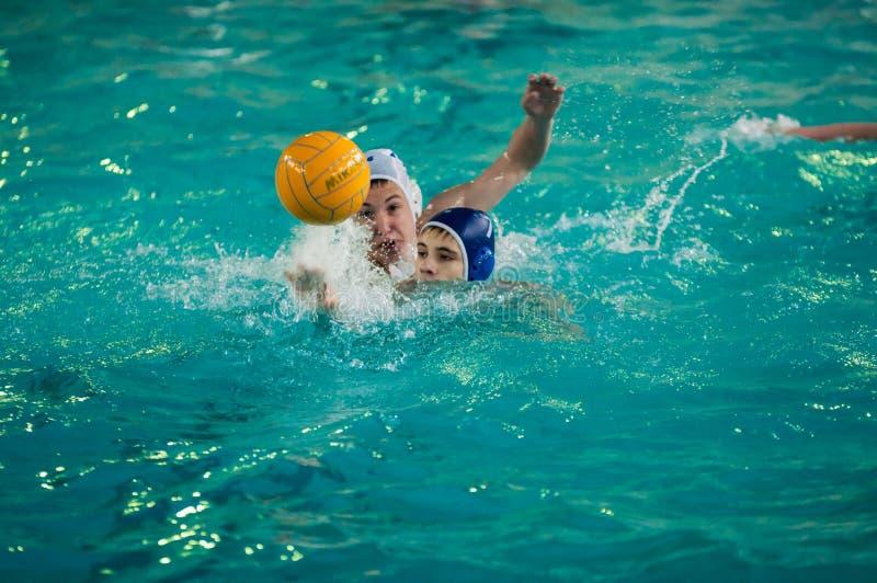 Download Chłopiec Sztuka W Wodnym Polo Obraz Stock Editorial - Obraz złożonej z gracze, sportowy: 53786009
