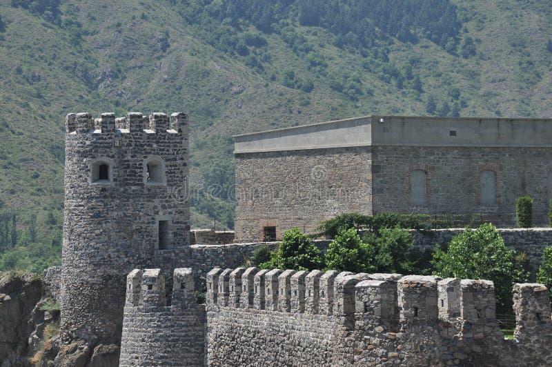 Ch?teau de Rabati en G?orgie endroit historique Un château sur la colline avec le kró?ganki et les tours photographie stock