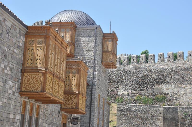 Ch?teau de Rabati en G?orgie endroit historique Un château sur la colline avec le kró?ganki et les tours photos libres de droits