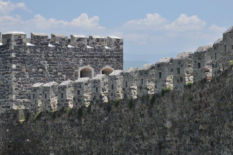 Ch?teau de Rabati en G?orgie endroit historique Un château sur la colline avec le kró?ganki et les tours photo libre de droits