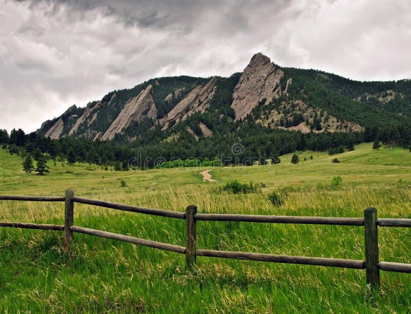 Chaîne de montagne de Flatiron à Boulder, le Colorado photos stock