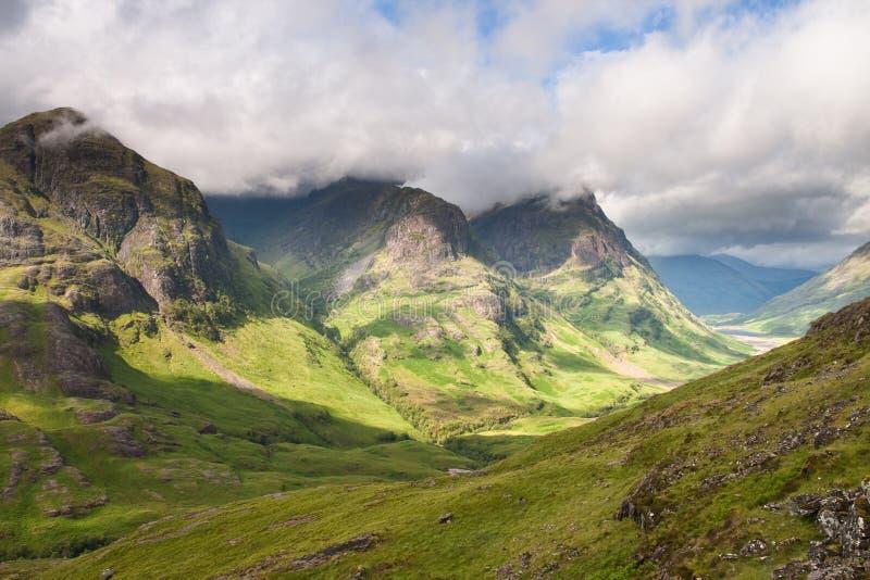 Chaîne de montagne de soeur de l'Ecosse-Trois dans Glencoe image libre de droits
