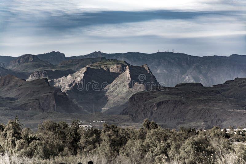 Chaîne de montagnes, vue de Maspalomas, mamie Canaria, Espagne photo stock