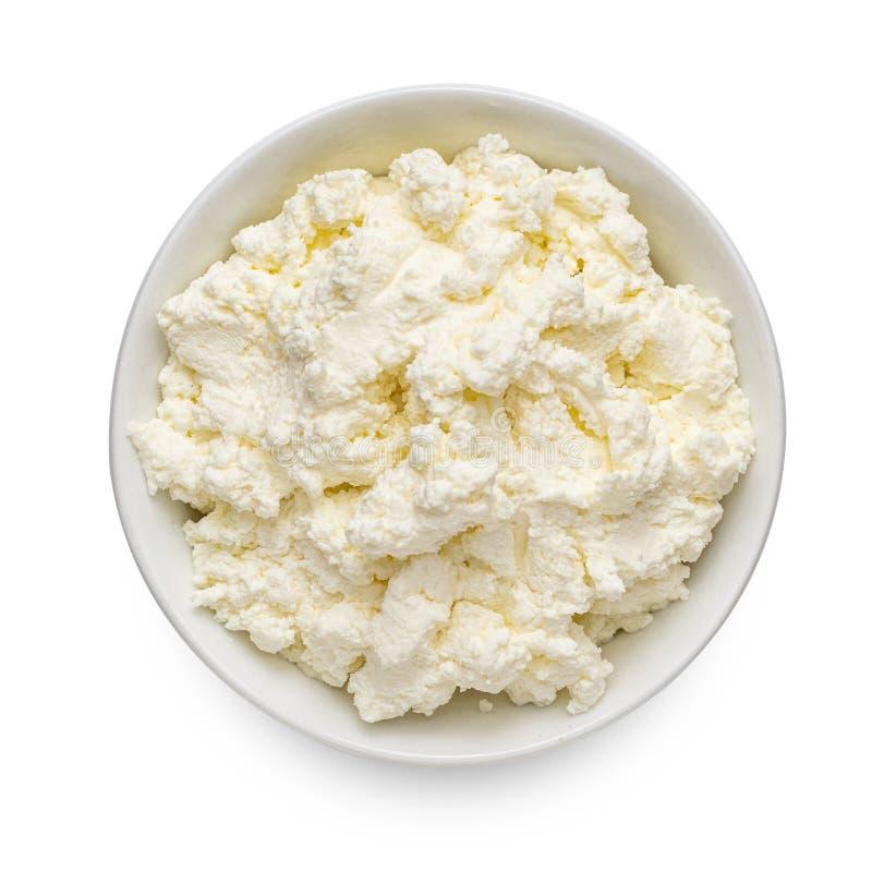 Chałupa ser lub tvorog w pucharze odizolowywającym na białym tle Odg?rny widok Bogactwo w wapniach i Proteinowym zdrowym jedzeniu fotografia royalty free