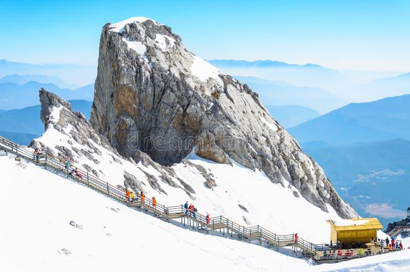 Chabeta smoka śnieżna góra, Lijiang Yunnan prowincja, Chiny zdjęcie royalty free