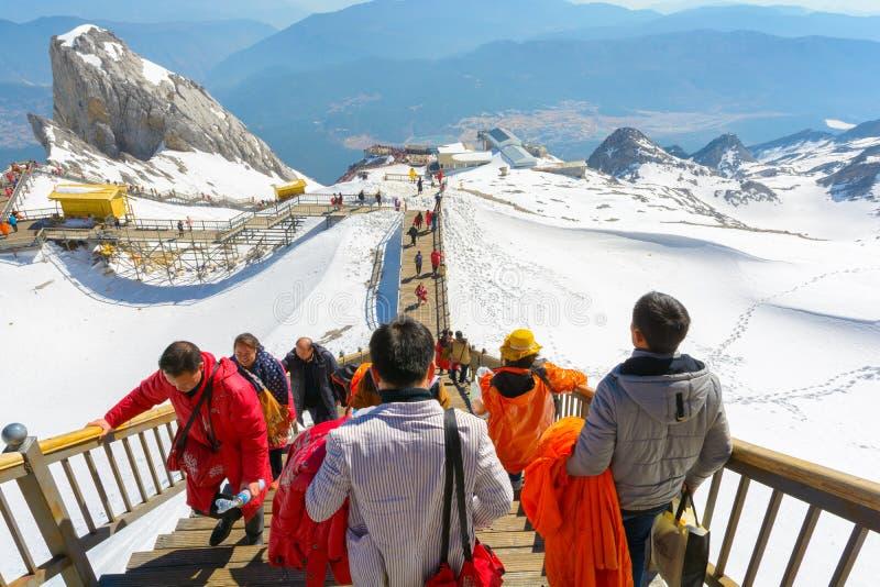 Chabeta smoka śniegu góra zdjęcia stock