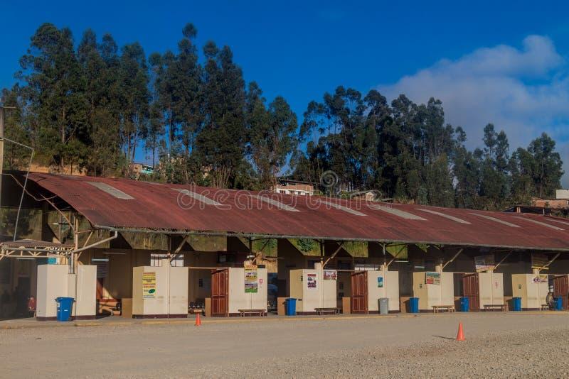 CHACHAPOYAS, PERU - 14. JUNI 2015: Ansicht einer Autobusstation in Chachapoya lizenzfreies stockfoto