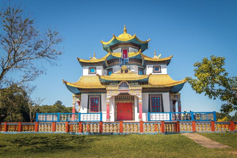 Chagdud Gonpa Khadro石楠佛教寺庙-特雷斯Coroas,南里奥格兰德州,巴西 免版税库存图片