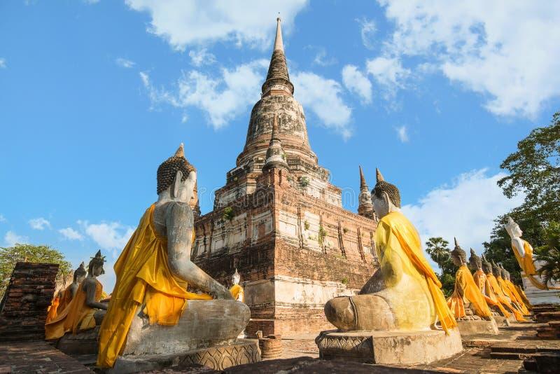 Chaimongkol Wat yai в парке Ayutthaya историческом, Ayutthaya, Tha стоковая фотография rf