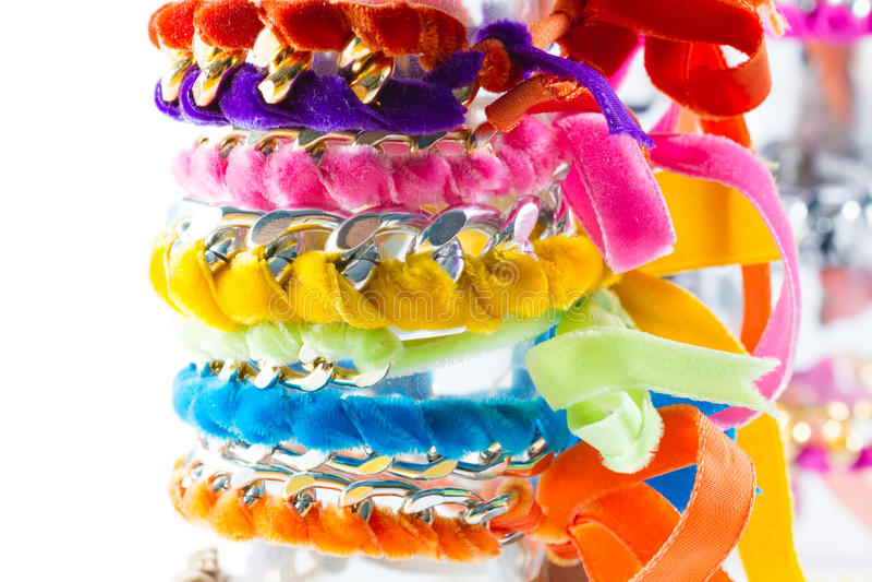 Chain armband för sammet och royaltyfria foton