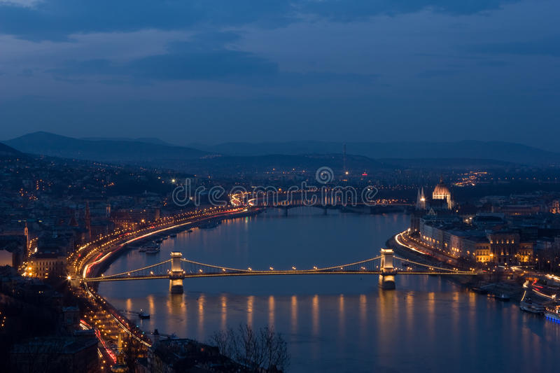 Download Chain Bridge In Floodlight In Budapest, Hungary. Stock Image - Image: 18818587