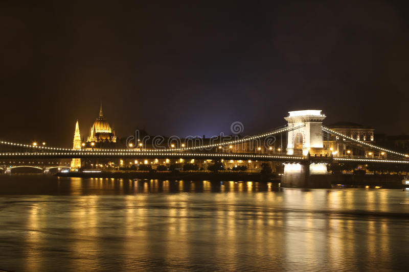 Chain Bridge Parliament royalty free stock image