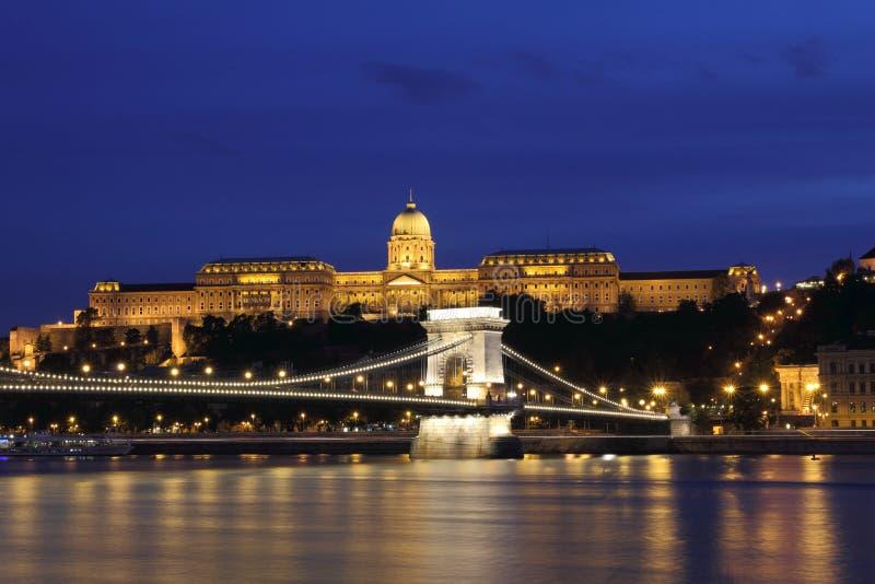 Chain Bridge, Royal Palace and Danube river stock images