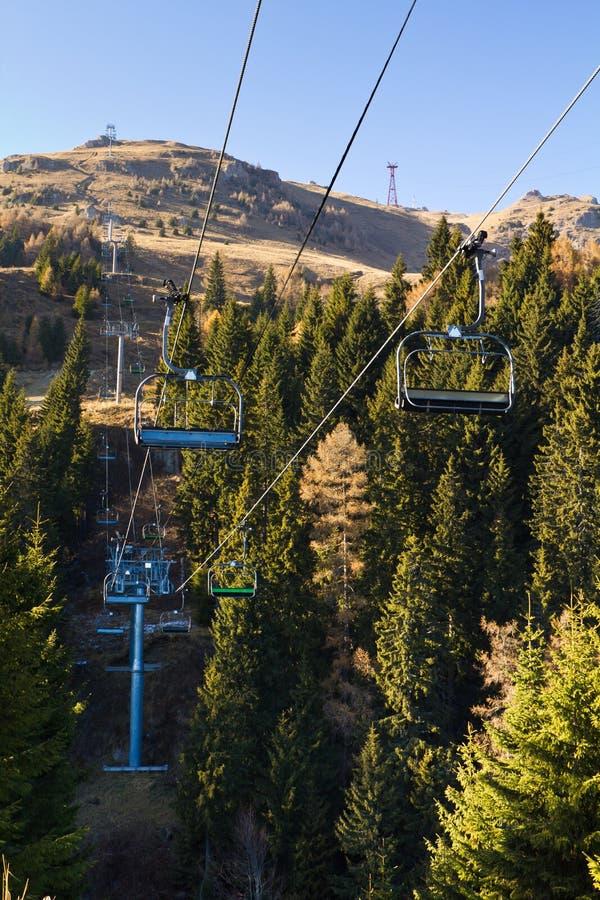 chairlift κενό στοκ φωτογραφία με δικαίωμα ελεύθερης χρήσης