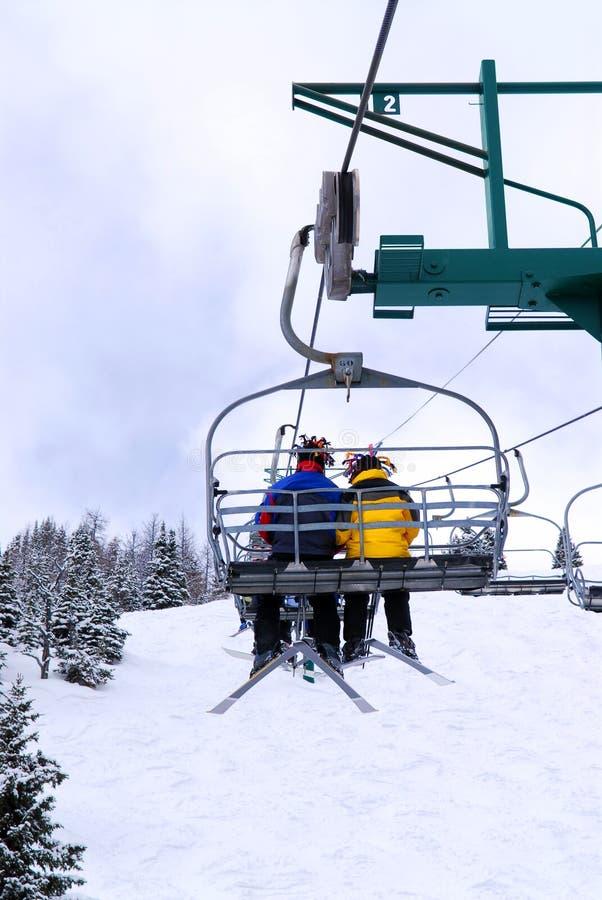 chairlift σκιέρ στοκ φωτογραφία