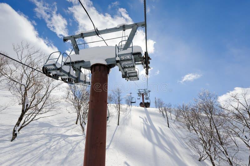 Chairlift лыжи стоковые фото