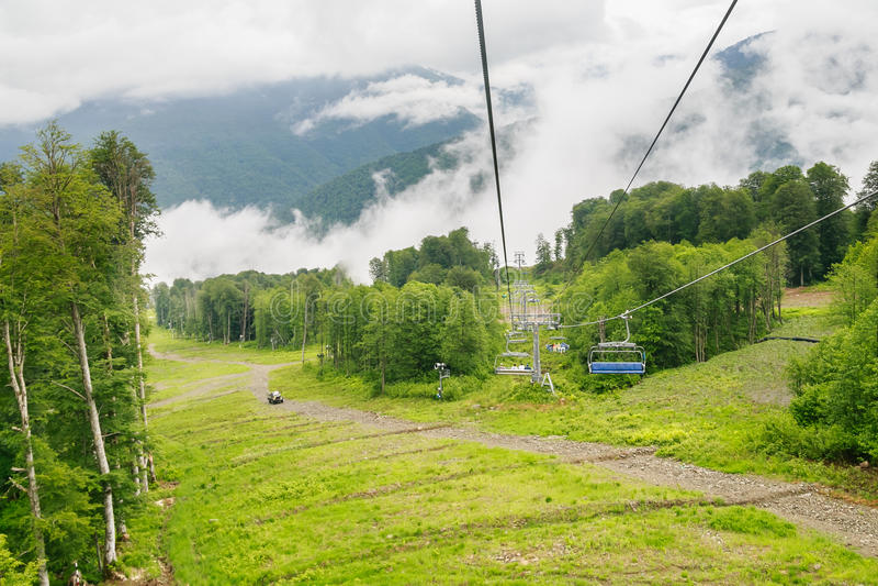 chairlift Estância de esqui fotos de stock royalty free