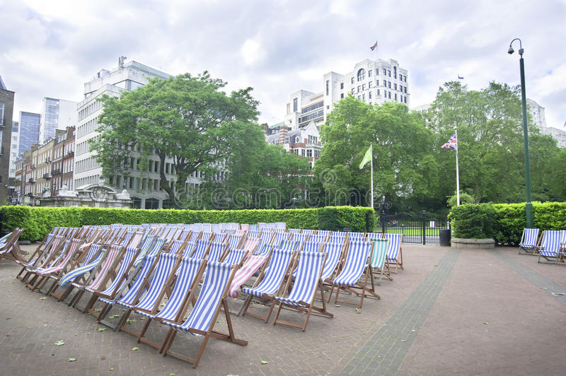 Download Chairs In City Park, London Stock Photo - Image: 25512238