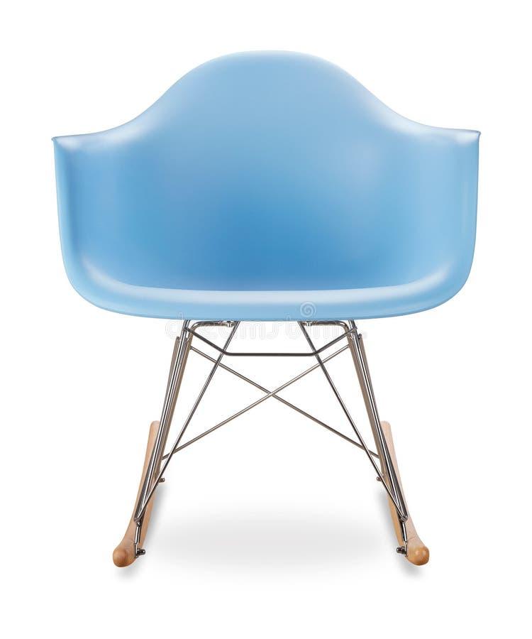 Chaise bleue, chaise de basculage, plastique bleu, forme anatomique Concepteur moderne Chaise d'isolement sur le fond blanc Série images stock