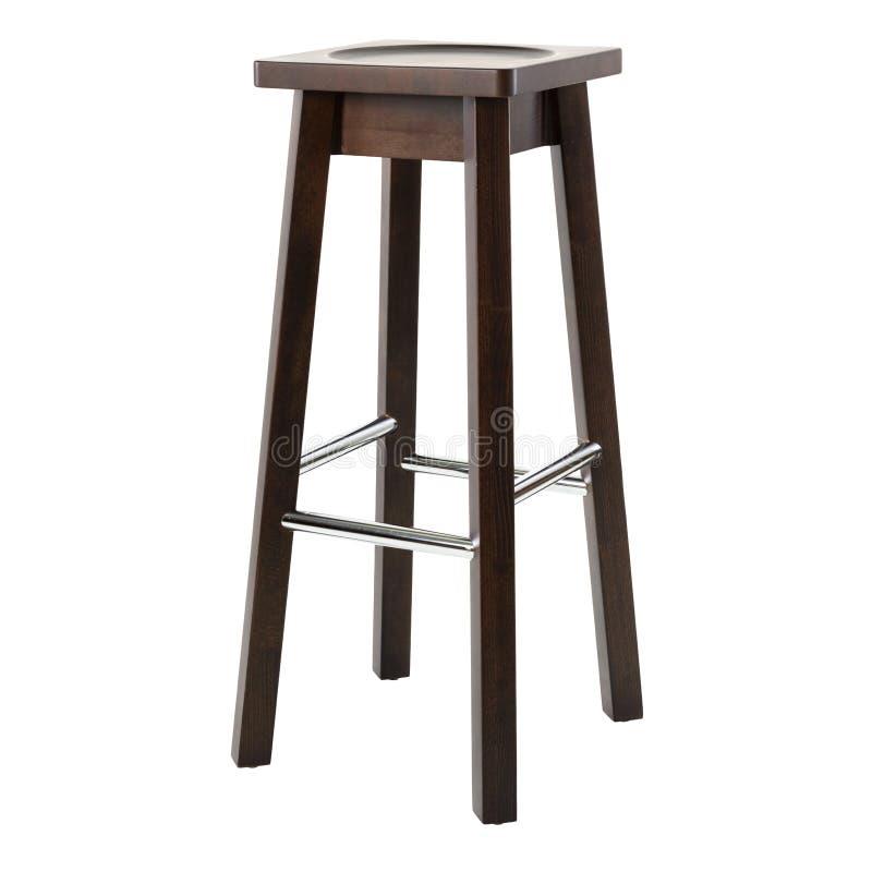 Chaise confortable en bois pour le bar d'isolement sur le fond blanc images stock