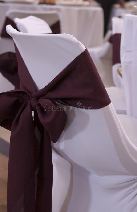 Chaise de mariage avec le ruban photos libres de droits