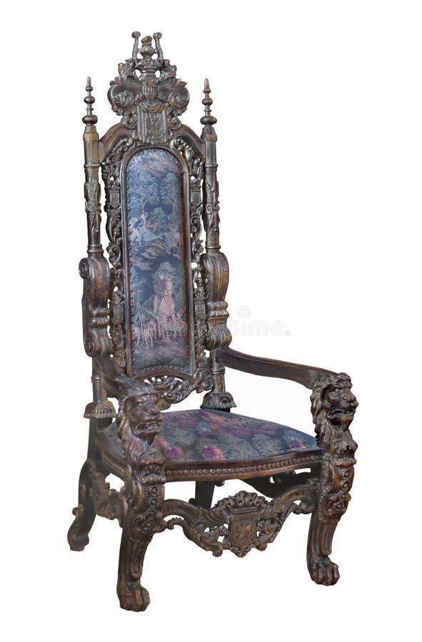 Chaise en bois découpée par fantaisie antique d'isolement image stock