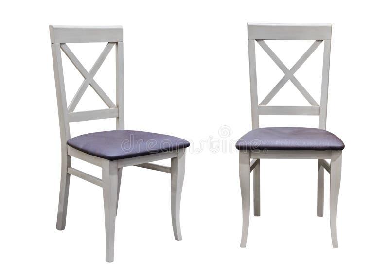 Chaise en bois d'isolement sur le fond blanc image libre de droits