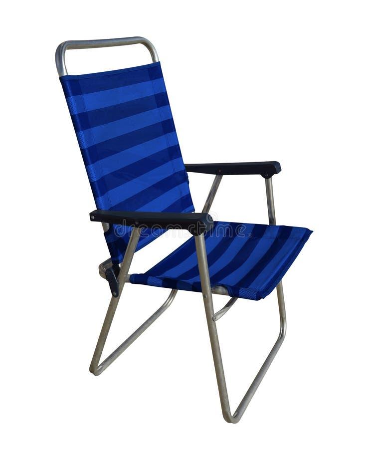 Chaise pliante d'isolement - bleu photographie stock