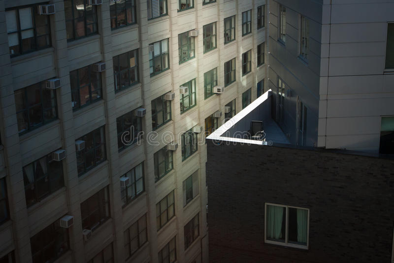 Chaise vide sur le balcon photo libre de droits