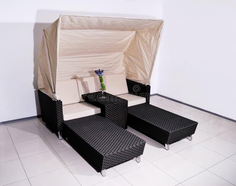 Chaise zitkamer voor rust royalty-vrije stock foto's