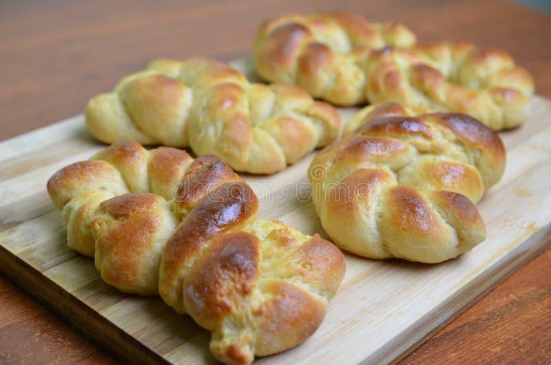 Chalá cozido fresco, pão trançado imagens de stock