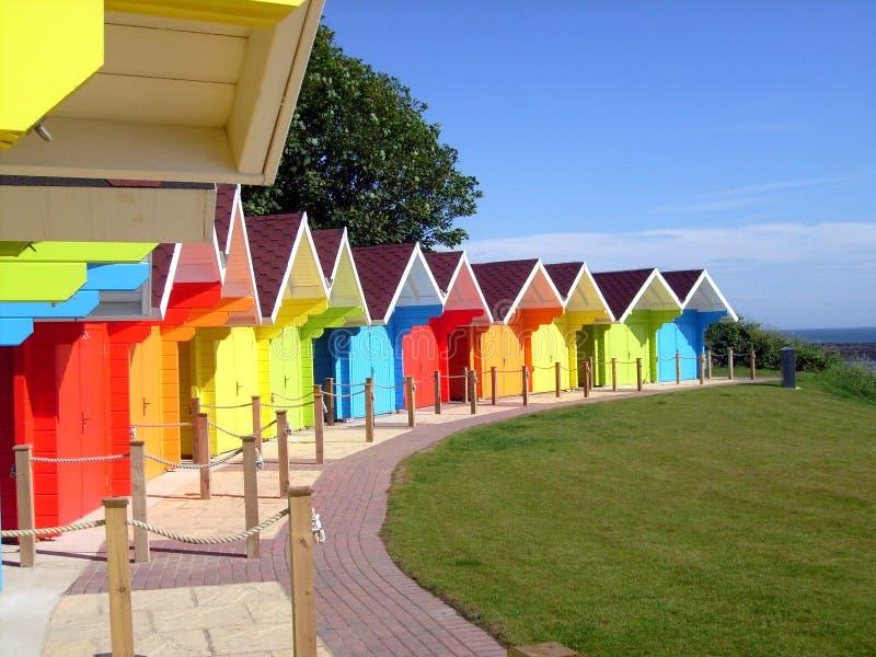 Chalés coloridos da praia fotografia de stock royalty free