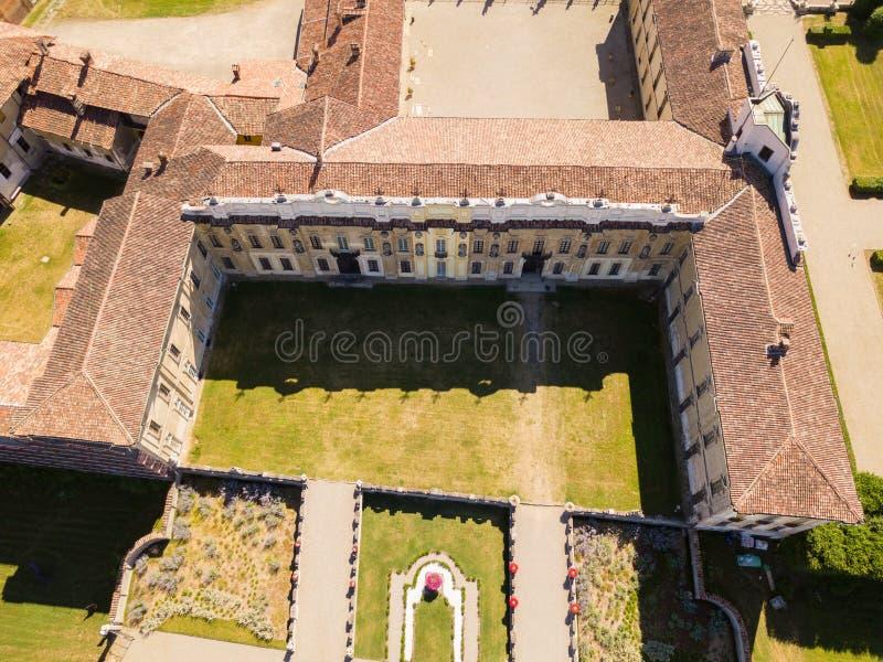 Chalet Arconati, Castellazzo, Bollate, Milán, Italia Vista aérea del chalet Arconati fotografía de archivo libre de regalías