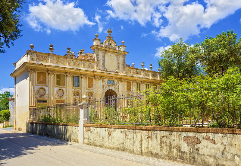 Chalet Borghese, Roma, Italia imagenes de archivo