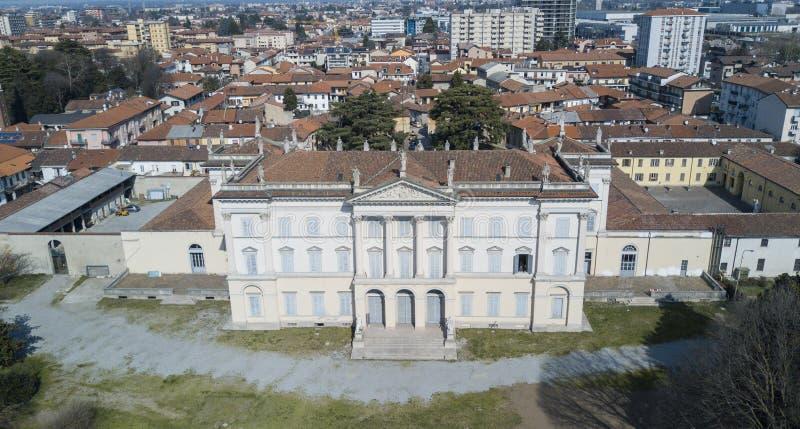 Chalet Cusani Tittoni Traversi, visión panorámica, visión aérea, Desio, Monza y Brianza, Italia fotografía de archivo