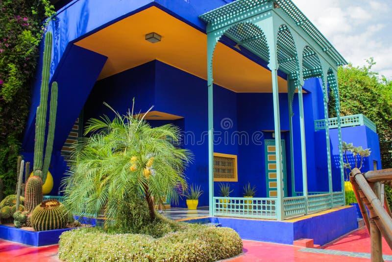 Chalet Majorelle en Marrakesh, Marruecos Patio del jardín imágenes de archivo libres de regalías