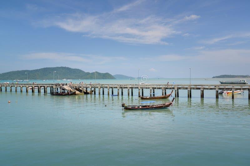 Download Chalong-Pier, Phuket, Thailand Redaktionelles Stockfotografie - Bild von lieferung, asien: 96932212