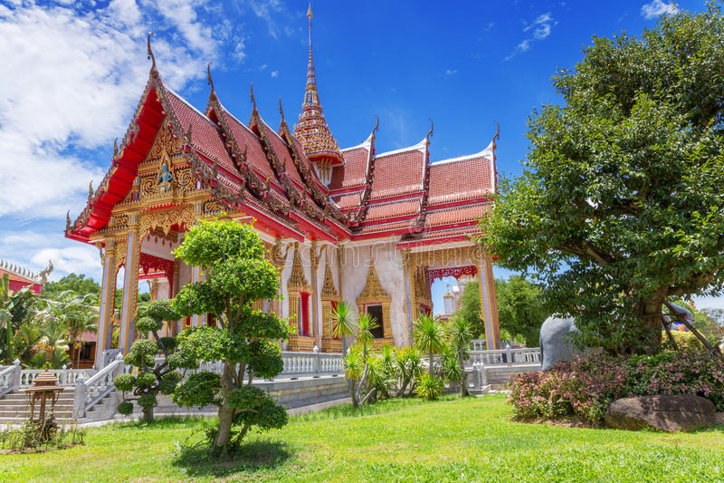 Chalong tempel, Phuket, Thailand royaltyfri fotografi