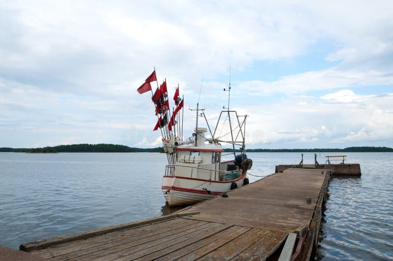 Chalutier de pêche image stock