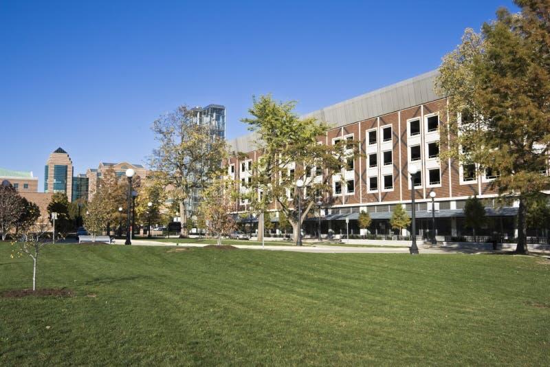 Chamán - edificios de la universidad. imagenes de archivo