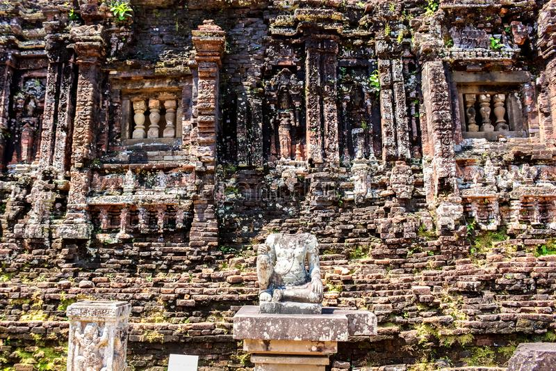 Cham-Tempel-Ruinen in Vietnam lizenzfreies stockbild