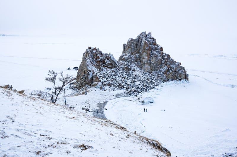 Chaman Rock de Burkhan de cap sur l'île d'Olkhon au lac Baikal images stock