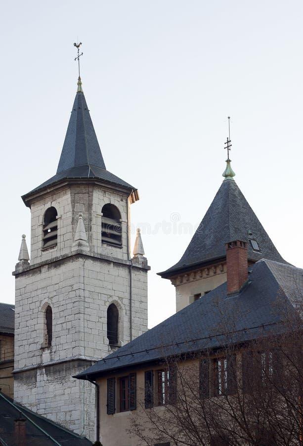 CHAMBERY, FRANKREICH: Am 25. Dezember 2011 - die Kirche von Chambery, F lizenzfreie stockfotos