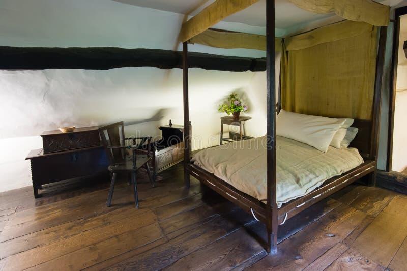 Chambre à coucher antique photo stock