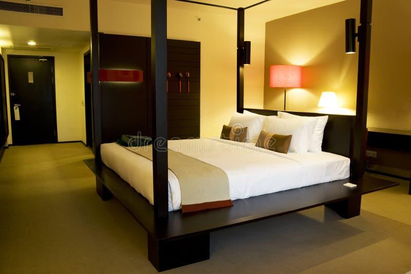 Chambre à coucher confortable photos stock