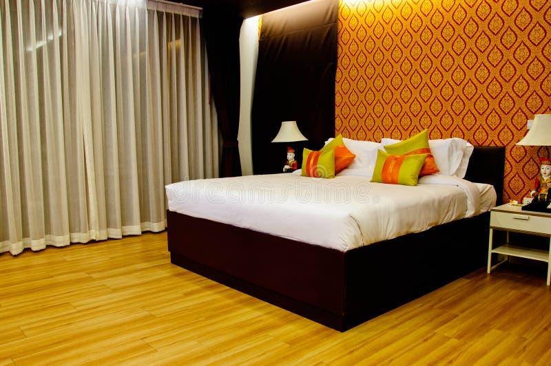Chambre à coucher confortable images libres de droits
