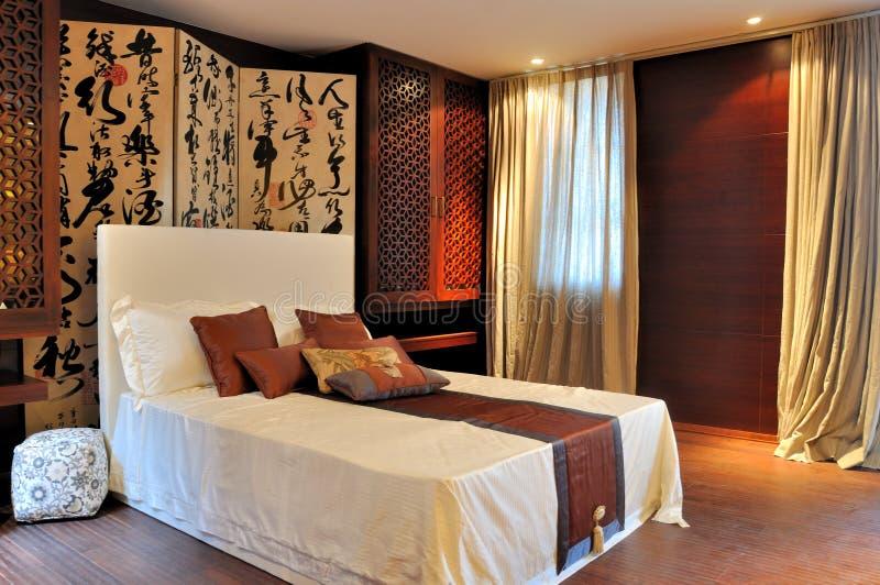 Chambre à Coucher Décorée Dans Le Type De Luxe Oriental Image stock ...