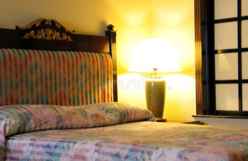 Download Chambre à coucher d'hôtel photo stock. Image du peinture - 82738