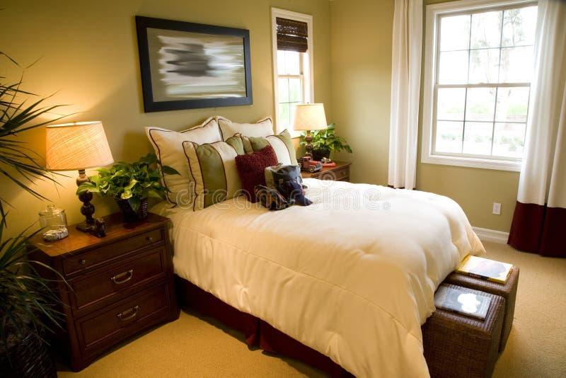 Chambre à coucher de luxe moderne photos stock
