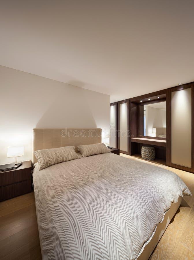 Chambre à coucher de maison de luxe images libres de droits